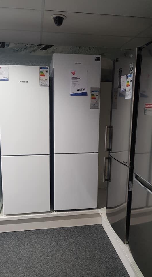 Deze grote luxe koelkast  …